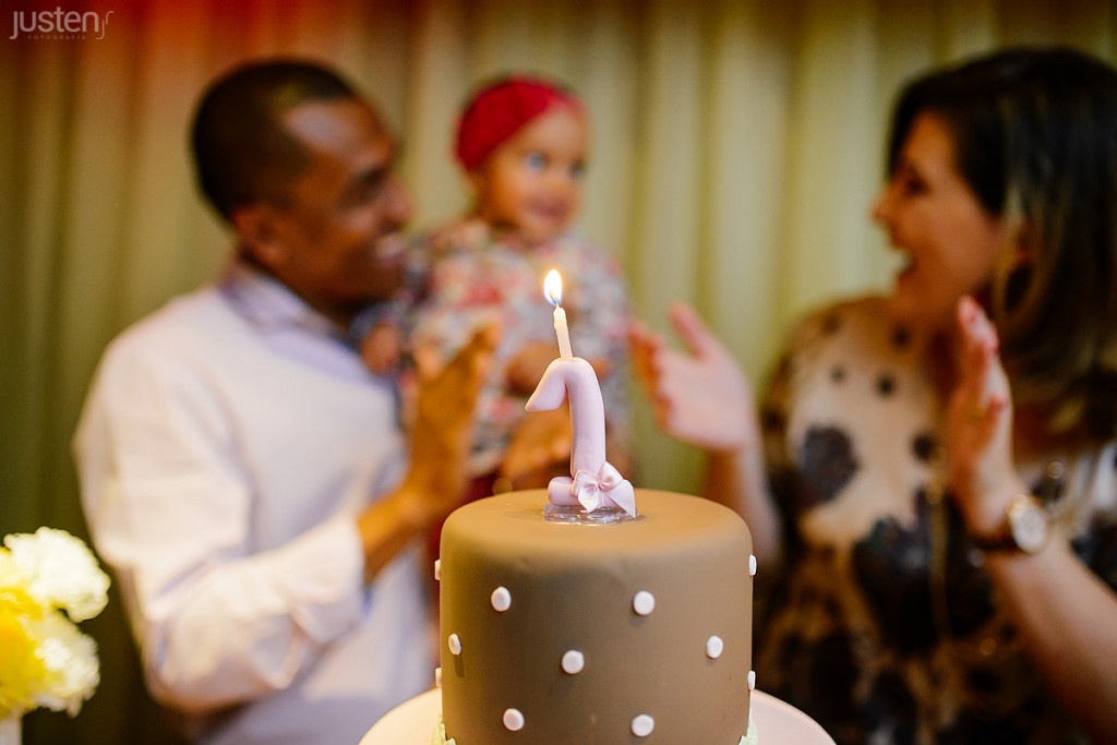 Aniversário infantil fina festas criança feliz parabens