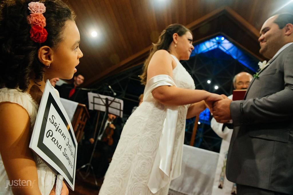 Pagem, noiva, noivo, troca de alianças, casamento, fotografia de noivos
