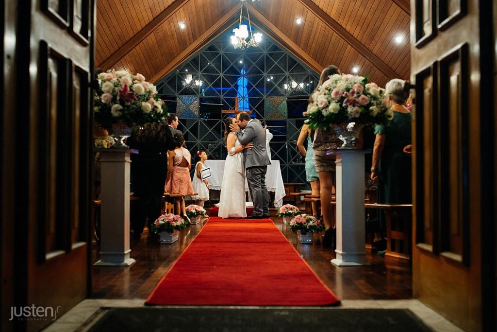beijo, noivo, capelinha nossa senhora da salete, igreja em curitiba