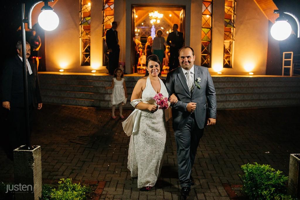 noivo, noiva, fotografia de noivos, noivos, saida, igreja