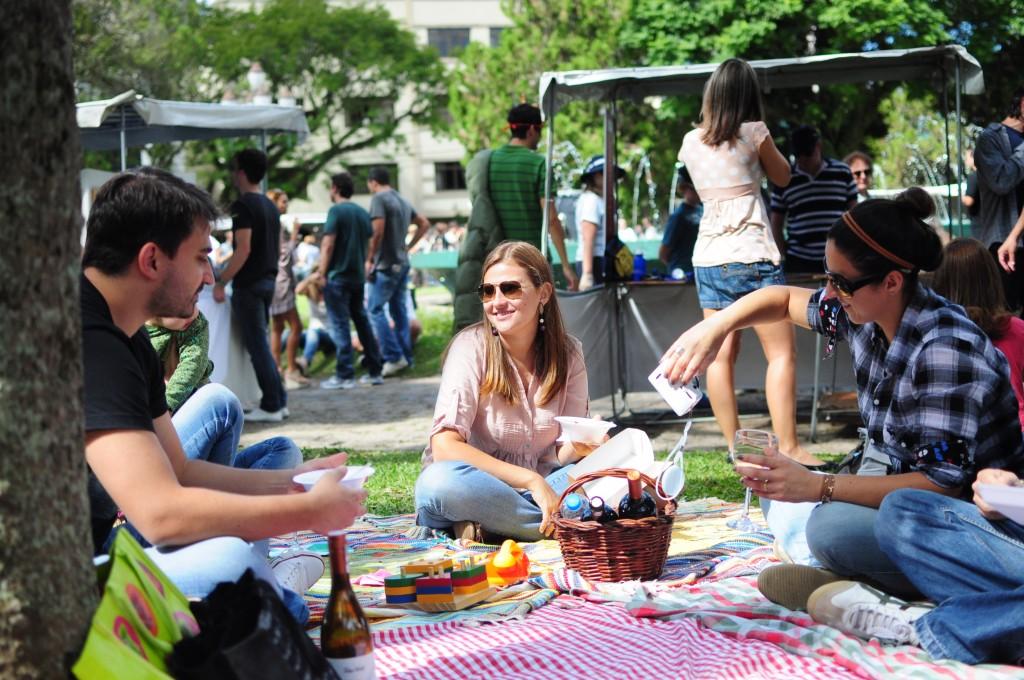 Evento: Batel Soho Gastronomia na praça da Espanha.